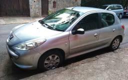 Peugeot 207  ano 2013