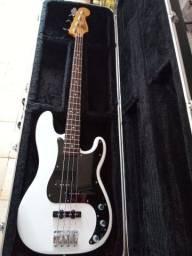 Fender Precison Bass Special