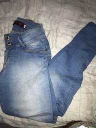 vendo calça jeans biotipo, tamanho 40.