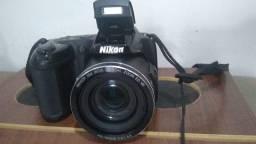 Máquina Nikon L810