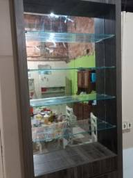 Cristaleira de vidro valor 450,00