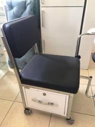Cadeira de Manircure e Pedicure