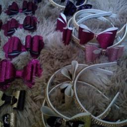 Tiaras e laços