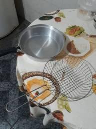 Fritadeira com escorredor
