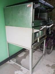 Maquinário de loja de bolo