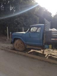 Caminhão Chevrolet D60 anos 72