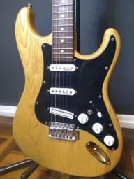 Guitarra Stratocaster feita por Luthier