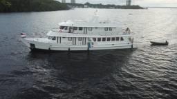 Barco Comandante Oscar
