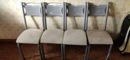 4 Cadeiras Usadas