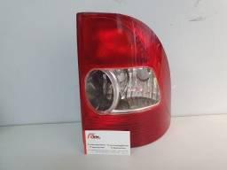Lanterna Traseira Strada 01/06 lado direito