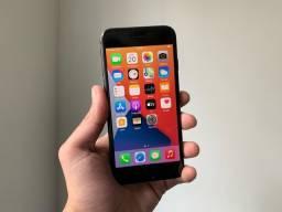 iPhone 8 64GB em Estado de Novo