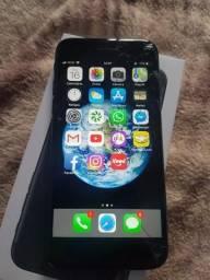 Iphone 7 128 gb tela trincada mas funciona tudo