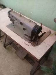 Máquina de costura reta brother