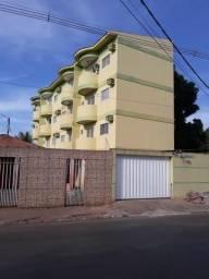 Apartamento 2/4 com sacada Centro de Várzea Grande