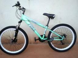 Bicicleta aro 26 freio a disco