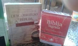 Livros e Biblias Novas