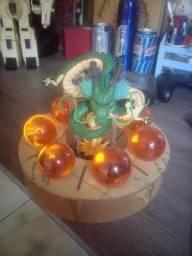 Action figure do shenlong com as esferas
