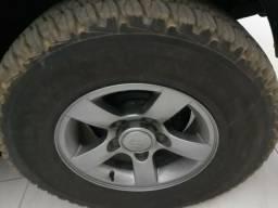 Kit com 04 pneus Bridgestone