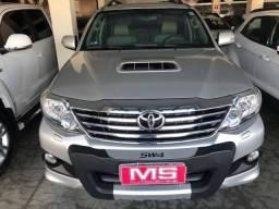 Toyota Hilux Sw4 3.0 SRV 4x4 2013/2013 5 lugares - 2013