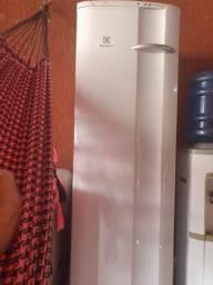 Freezer Eletrolux FE 26