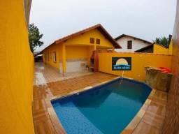 Casa com Piscina - 02 dormitórios