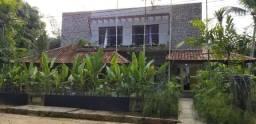 Casa · 380m² · 4 Quartos · 3 Vagas