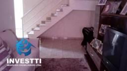 Casa 3 dormitórios no Moema