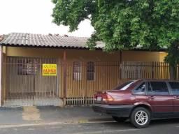Casa com 2 dormitórios para alugar, 110 m² por R$ 800,00/mês - Vila Ipiranga - São José do