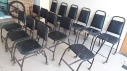 Cadeiras com rodízio