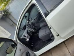 Toyota Etios xls 1.5 2013 em ótimo estado.