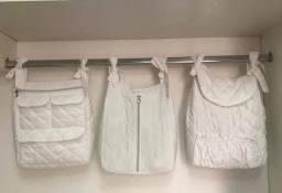 Porta-fraldas e porta-trecos quarto de bebê