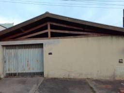 Casa no Jardim Palmeiras com 2 dormitórios em Limeira, sp