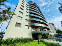 Apartamento de 03 dormitórios,em Torres