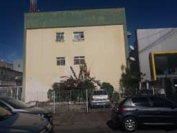 Alugo apartamento no Pina (1 quarto)
