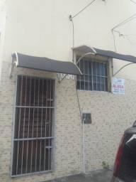 Quitinete para locação Rua Solon Pinheiro, Nº 1.000 ($ 480,00) Contato: 9.8666.0007 Nilda