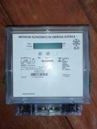 Medidor de Energia Bifásico Elo 2102 l relógio de luz