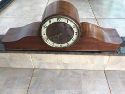 Relógio de mesa marca Juba original