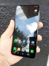 Xiaomi MI 9 Versão 8GB RAM/128GB (troco com volta)