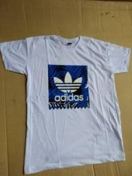 Camiseta Estilo Adidas
