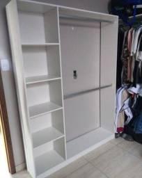 Mini closet com lateral e base