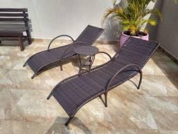 Jogo 2 éspreguiçadeira fibra sintético ANTI-UV e mesinha apoio