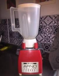 Liquidificador Arno anos 60 relíquia