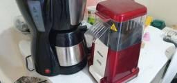 cafeteira elétrica inoxidável + pipoqueira  pouco utilizada