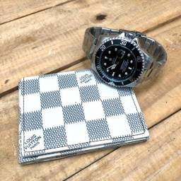 Kit de relógio e carteira disponível