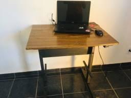 Combo rack pra tv e mesa para notebook