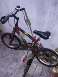 Bicicleta aro 16 muito novinha