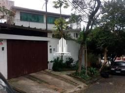 Casa a venda no Butantã com 4 dormitórios 4 suítes 1 lavabo e 2 vagas de garagem.