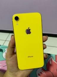 iPhone XR Amarelo 64GB