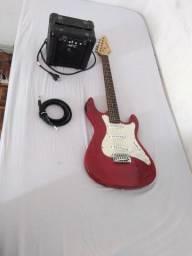 KIT Guitarra strato strinberg + Cabo + Mini amplificador + correia e palhetas