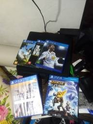 Playstation 4 + 5 jogos (não faço trocas)